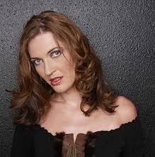Viktoria Vizin (Carmen alakítása)