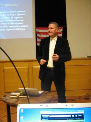 Kubínyi Tamás előadása: A magyar származás átka és áldása